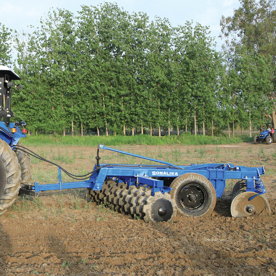 Disc Harrow Hydraulic Trailed Type with Tyres